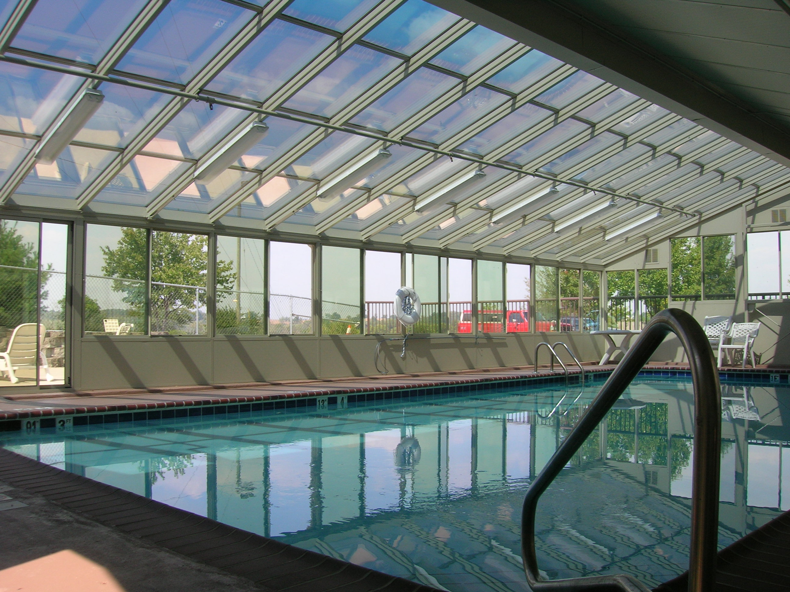Cathedral Glass Roof Design Sandtone Swimming Pool Enclosure with solid kickpanels