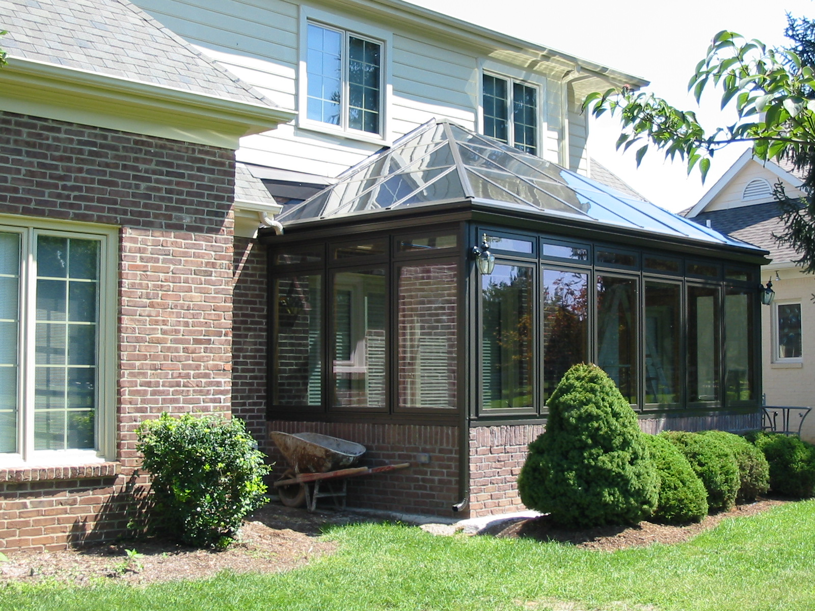 Georgian Conservatory Aluminum Glass Roof Design Bronze on brick basewall